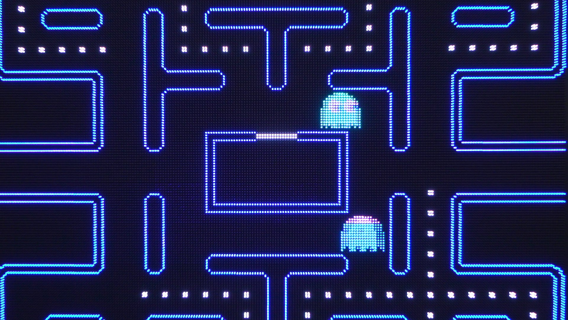 giant pac man game